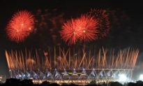 Commonwealth Games Opening Ceremony Provides a Visual Spectacle