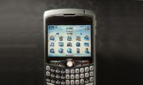 Blackberry Outsells iPhone in First Quarter of 2009