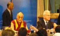 Dalai Lama Loses Faith in Chinese Regime, but Not in Chinese People