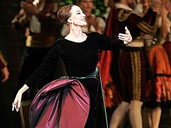On November 20, 2005, Russian ballerina Maya Plisetskaya performs on her 80th birthday during a show in the Great Kremlin Palace at the Moscow Kremlin, Russia, a private palace of the Russian Tsars.  (Yuri Kadobnov/AFP/Getty Images)