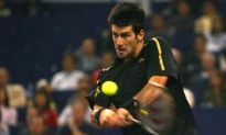 Djokovic Dominates Davydenko to Win Tennis Masters Cup