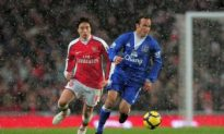 Donovan Gets First Taste of Soccer in England