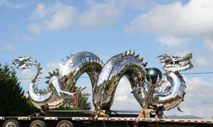 Kevin Stone's 10-metre mirror-polished stainless steel Chinese water dragon—which measure 25 metres fully stretched out—is currently on display at one of B.C.'s largest casinos. (Kevin Stone)