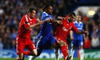 Chelsea Dumps Liverpool, Takes Top Spot