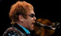 Elton John Italy Concert Should be Paid Back, EU Says