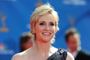 Emmys 2010: Actress Jane Lynch arrives at the 62nd Annual Primetime Emmy Awards held at the Nokia Theatre L.A. Live on August 29, 2010 in Los Angeles, California.  (Frazer Harrison/Getty Images)