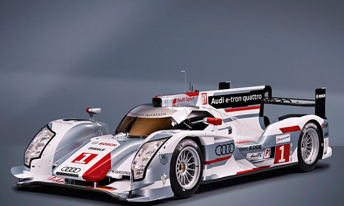 Audi will cover its bets by entering at least both a standard R18 TDI (L) and an e-tron quattro at all events after Sebring. (audi-motorsport.info)