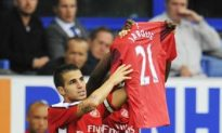 Arsenal Fires Six Past Everton