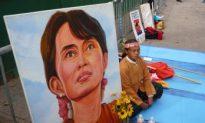 Hunger Strike by Burmese Refugees Near U.N.