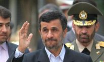 Iran's Ahmadinejad Rejects Obama's Overtures