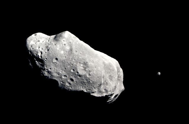 The asteroid Ida and its moon, Dactyl. (NASA)