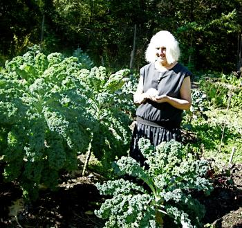 Kale is a great source of magnesium. (Louise Valentine/The Epoch Times)