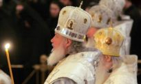 Head of Russian Church to be Buried in Moscow on Tuesday