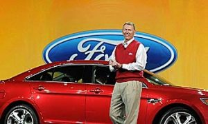 Ford Brings Voice-Controls, Social Networking to Driving