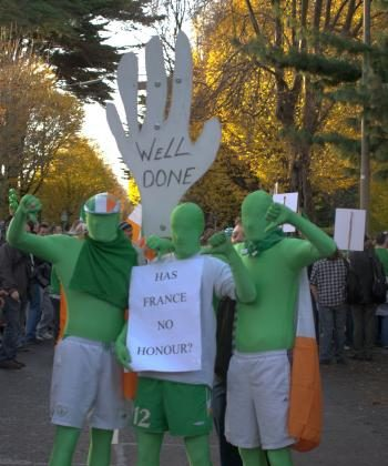 Irish soccer fans gather outside the French Embassy in Dublin on November 21 calling for fair play.  (Martin Murphy/The Epoch Times)
