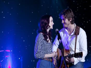 DUET: Leighton Meeser (L) and Garrett Hedlund play up and coming country singers in 'Country Strong.'(Scott Garfield/Sony Pictures)