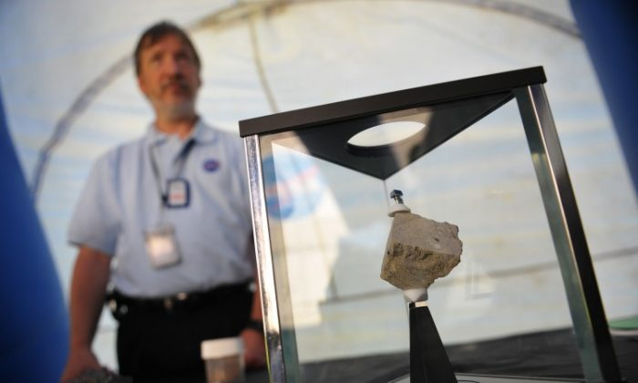 A fragment of a meteorite from Mars on display. (MANDEL NGAN/AFP/Getty Images)