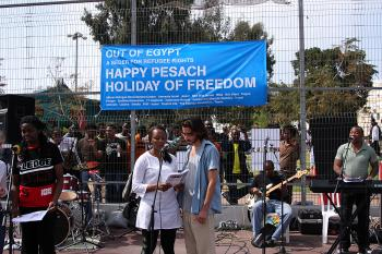 Israelis and Africans join together to make music.  (Yaira Yasmin/The Epoch Times)