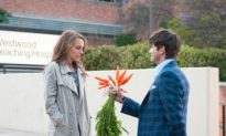 Movie Review: 'No Strings Attached'