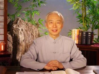 Doctor Nu Haiwen (The Epoch Times)
