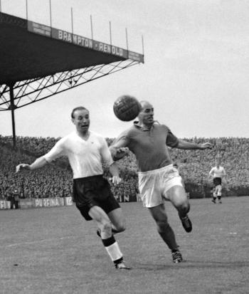 Think back to an age long gone to when the beautiful game was truly beautiful. This was the age when Nat Lofthouse took to the pitch.