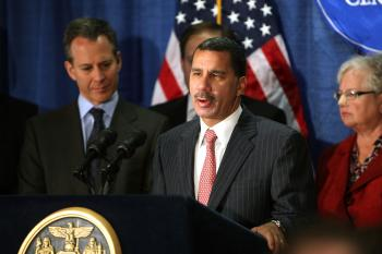 New York Governor David Paterson makes an economic development announcement as he speaks at Columbia University Medical Center on September 22, 2009 in New York City. (Spencer Platt/Getty Images)