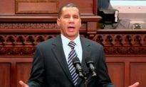 Paterson Targets Economy in State of the State Address
