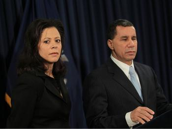 New York governor David Paterson (R) stands with his wife Michelle Paige Paterson (L) as he announces that he will not run, February 26, 2010. (Chris Hondros/Getty Images)