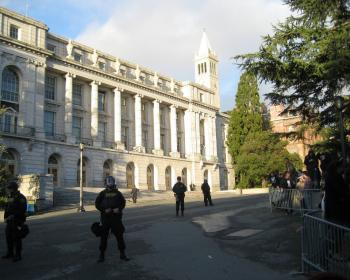 AT GUARD: Police stand behind closed-off area in front of Wheeler Hall. (Vicky Jiang/The Epoch Times)