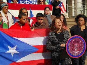 Council Member Melissa Mark-Viverito spoke at a press conference at City Hall on Sunday in support of increasing services for Young Puerto Ricans in New york, a recent report states that Puerto Rican youth aged 16 to 24 are the most disadvantaged group in New York City. (Catherine Yang/The Epoch Times)