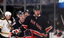 Rangers Shock Bruins With Late Game Surge