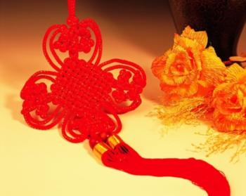 Originally Chinese knots were used to record information -- later, knots were used for many other purposes. (The Epoch Times)