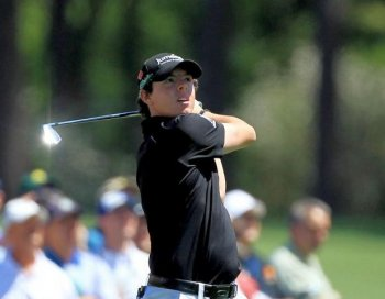NICE SWING: Rory McIlroy on the 12th hole during the first round of the 2011 Masters Tournament at Augusta National Golf Club on April 7, 2011. (David Cannon/Getty Images)