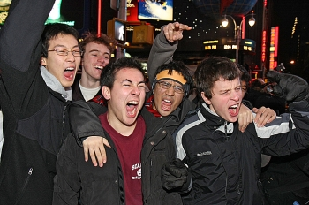 Fans celebrate the New York Giants Super Bowl win on Sunday. (Dayin Chen/The Epoch Times)