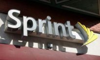 Sprint-Nextel Deeper in the Red