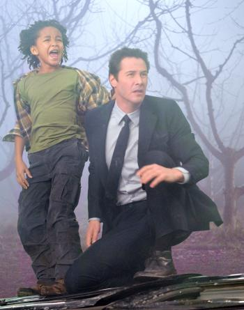 Jacob Benson (Jaden Smith) and Klaatu (Keanu Reeves) race to stop an imminent global catastrophe in