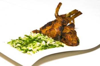 Tandoori lamb chops. (Mingguo/The Epoch Times)