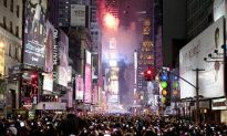 Ball Drop 2011: Times Square Revelers Ring in New Year