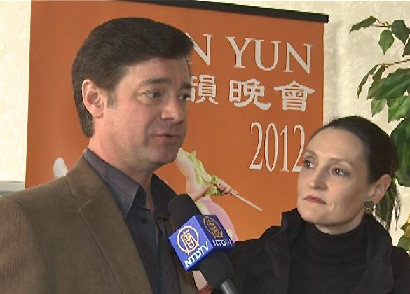 Eric Hillenbrand and Condessa Croninger attend Shen Yun Performing Arts in Toledo, on March 18.(Courtesy of NTD Television)