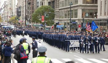The U.S. Air Force Marches up 5th Ave. on Wednesday in New York City's 91st annual Veteran's Day Parade.  (Edward Dai/The Epoch Times)