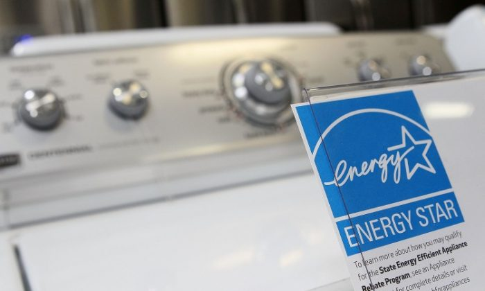 An Energy Star rated appliance at a Best Buy store in California. Governor Cuomo announced some energy Star rated appliances would be eligible for rebates in New York starting March 19. (Justin Sullivan/Getty Images)