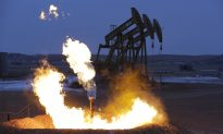 Gas Pipeline Delays Could Increase Flaring and Carbon Emissions, Experts Claim