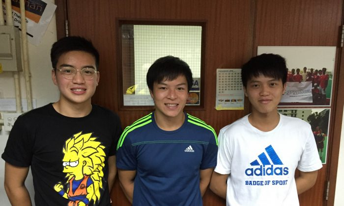 (L-R) Shaheen Sport Club youngsters, Windfall Wing Fung Monthong, Ken Tsang Kin Kan and Chris Tso Tze Fung ready to leave for Malaysia for hockey training with Kuala Lumpur Hockey Club, on July 30, 2015. (Shaheen Sport Club)
