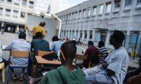 Migrants Surge Across Balkans to Beat Hungary's Razor Fence
