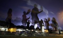Fourth Night of Ferguson Protests Brings Confrontation, Arrests