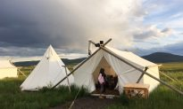 A Family, Wooed by Down-Covered Beds, Converts to 'Glamping'