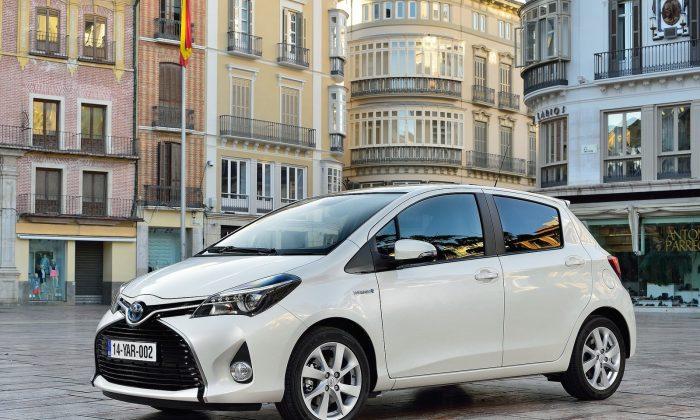 2015 Toyota Yaris Hatchback (Courtesy of NetCarShow.com)