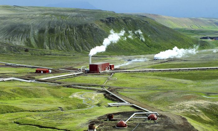 Krafla geothermal power plant in Iceland. Icelanders have been using geothermal energy for years. Now researchers may make it much more efficient. (Nameless86/iStock)