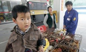 Chinese Rural Residents Suffer from Lack of Health Care