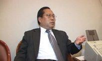 Hong Kong Attorney He Junren Fasts to Support Attorney Gao Zhisheng